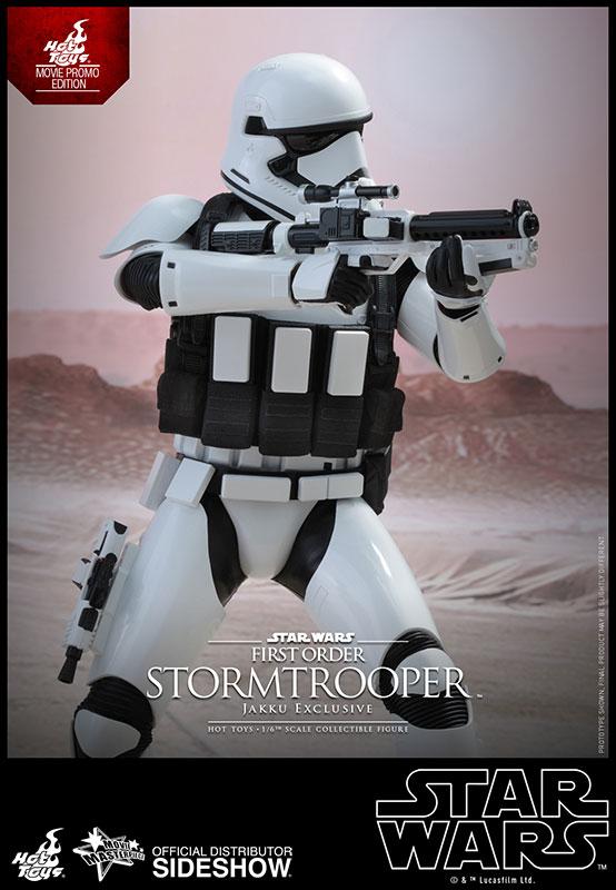 [Bild: star-wars-stormtrooper-jakku-exclusive-s...579-10.jpg]