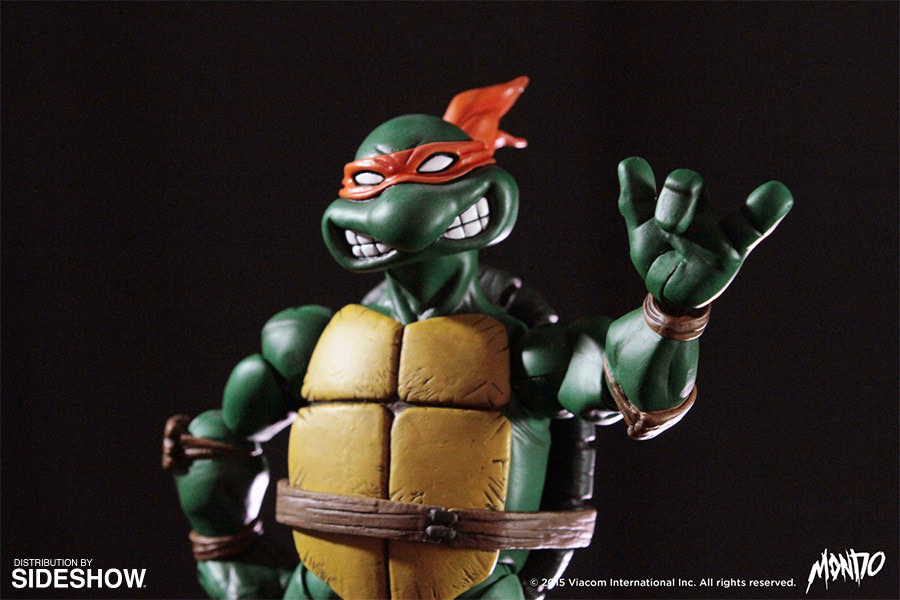 http://www.sideshowtoy.com/assets/products/902592-michelangelo/lg/tmnt-michelangelo-sixth-scale-mondo-902592-08.jpg