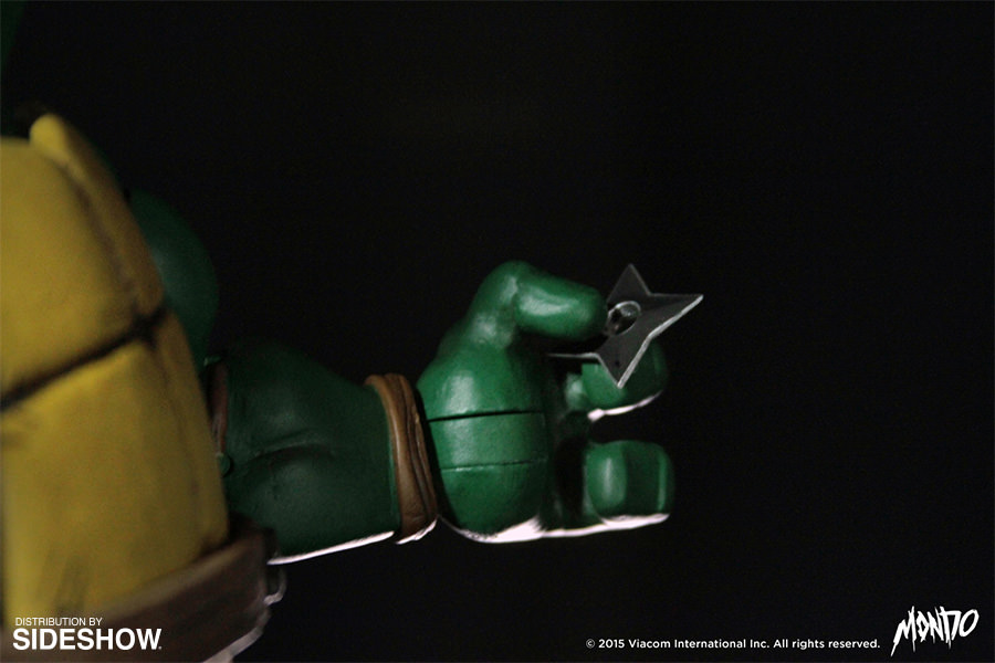 http://www.sideshowtoy.com/assets/products/902592-michelangelo/lg/tmnt-michelangelo-sixth-scale-mondo-902592-10.jpg