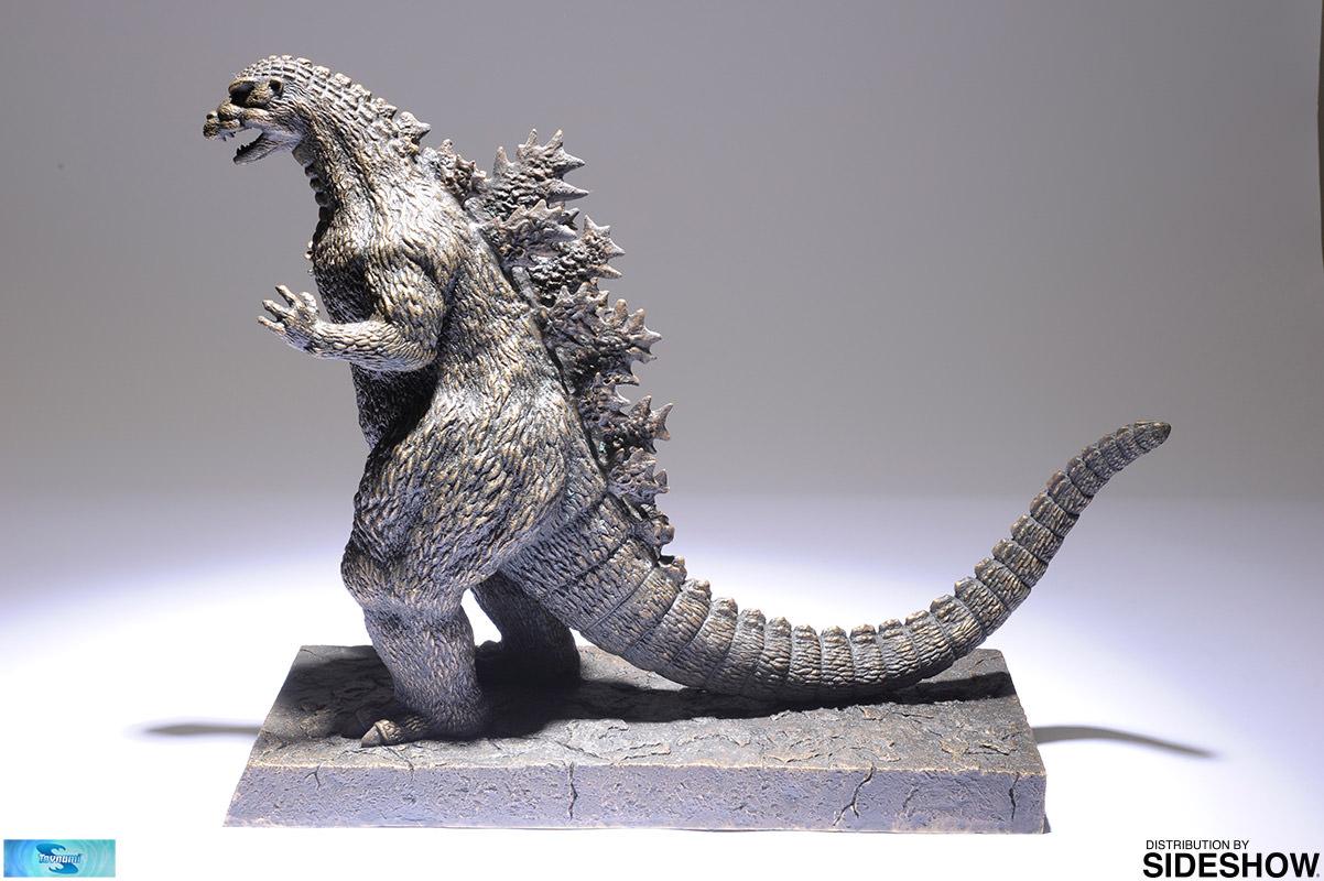godzilla 1989 statue - 1100×732