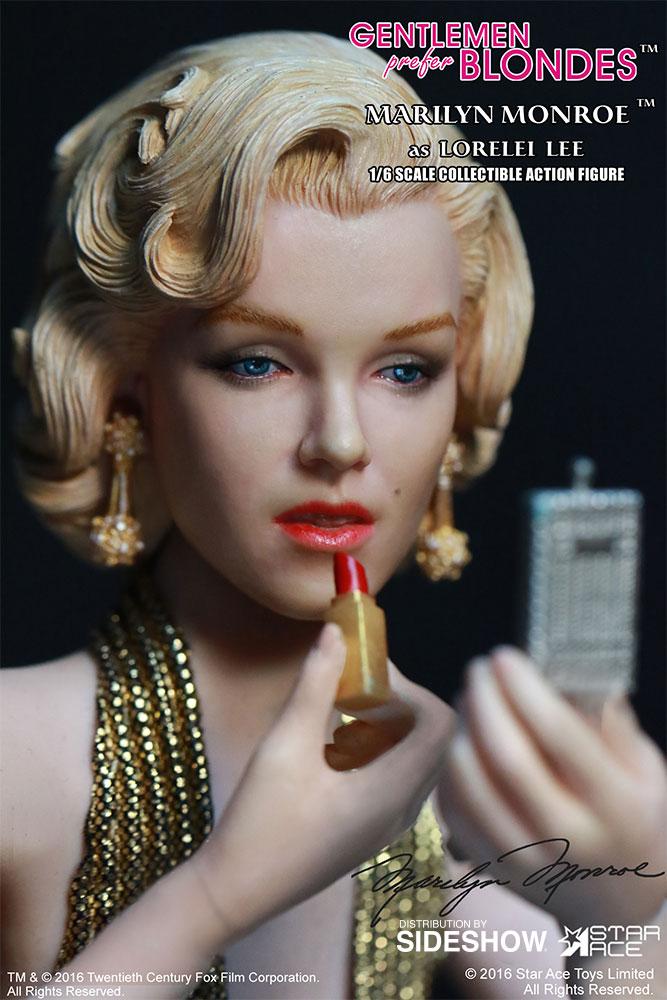 "STAR ACE - Marilyn Monroe from ""Gentlemen Prefer Blondes"" Marilyn-monroe-as-lorelei-lee-gold-dress-version-sixth-scale-star-ace-902838-14"
