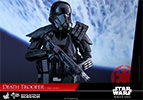 Hot Toys Death Trooper Specialist Sixth Scale Figure