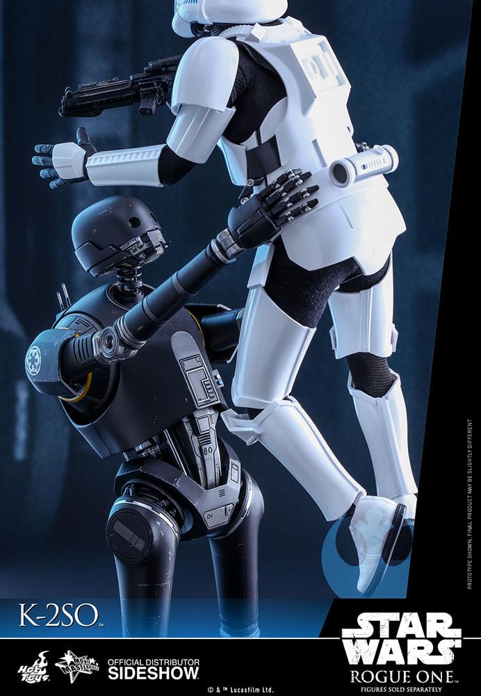 [Bild: star-wars-k-2so-sixth-scale-hot-toys-902925-08.jpg]