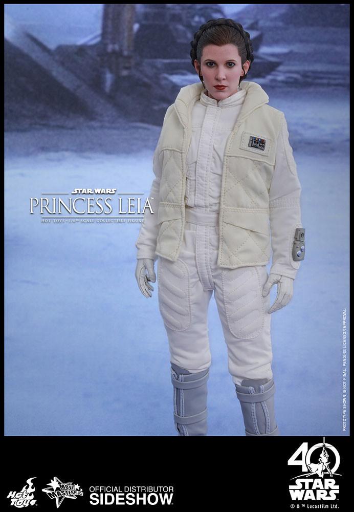 [Bild: star-wars-princess-leia-sixth-scale-hot-...034-01.jpg]