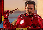 Hot Toys Iron Man Mark IV with Suit-Up Gantry Collectible Set