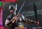 Hot Toys Gladiator Thor Deluxe Version Sixth Scale Figure