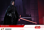 Hot Toys Kylo Ren Sixth Scale Figure
