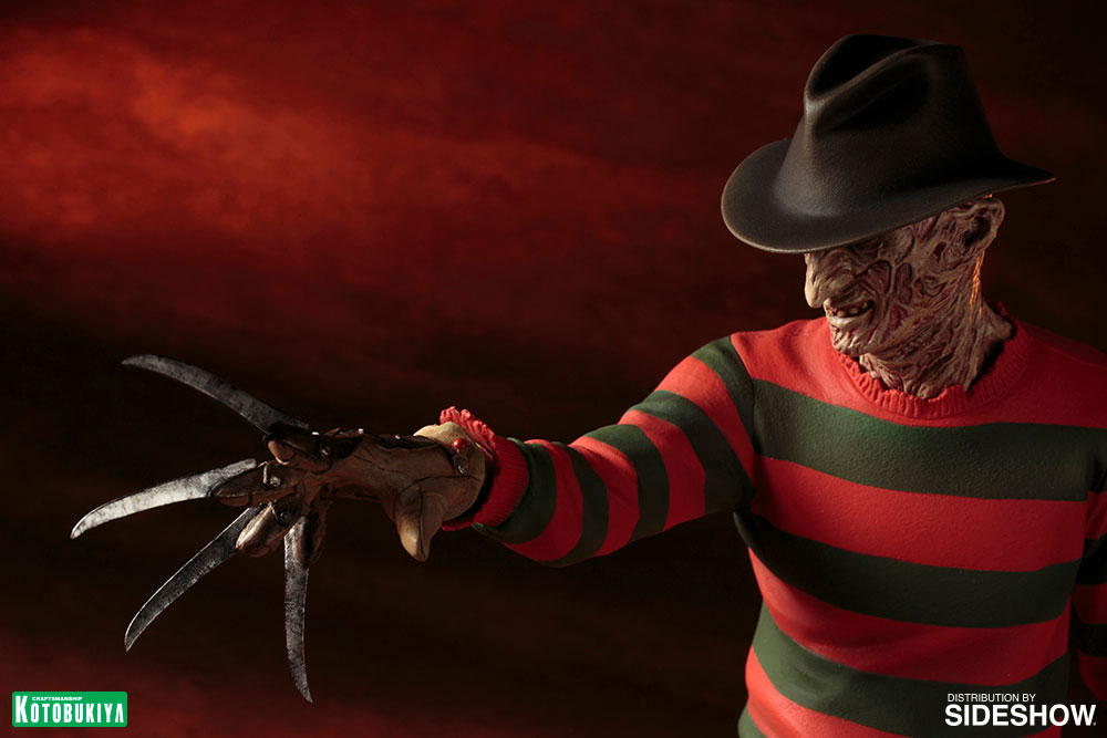 a nightmare on elm street freddy krueger statue by kotobukiy