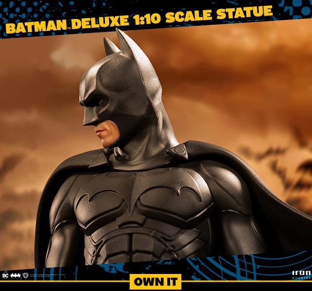 Batman Deluxe 1:10 Scale Statue by Iron Studios