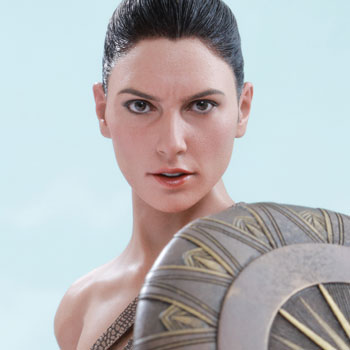 Hot Toys Wonder Woman Training Armor Version Collectible