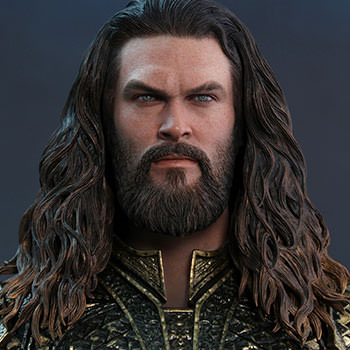 Hot Toys Aquaman Collectible