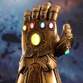 Hot Toys Infinity Gauntlet Collectible