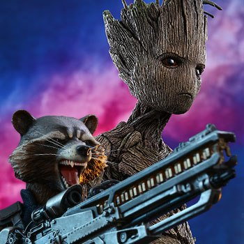 Hot Toys Groot and Rocket Collectible