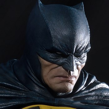 Batman Deluxe Version Collectible