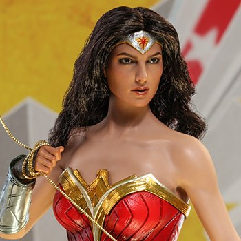 Hot Toys Wonder Woman Comic Concept Version Collectible