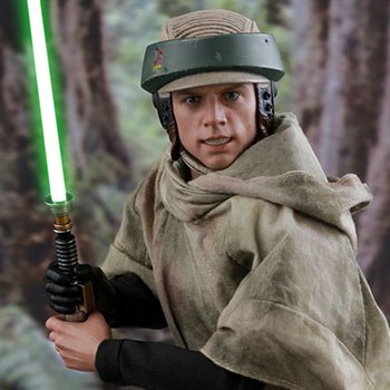 Hot Toys Luke Skywalker Endor Collectible