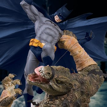 Batman VS Killer Croc Collectible