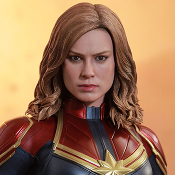 Hot Toys Captain Marvel Collectible