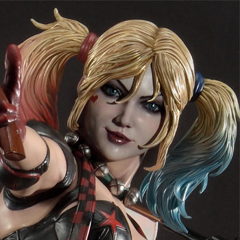 Harley Quinn (Deluxe Version) Collectible