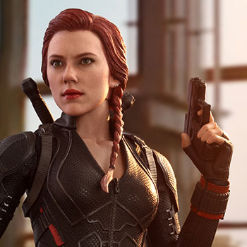 Hot Toys Black Widow Collectible