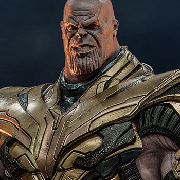 Thanos (Deluxe) Collectible