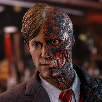 Hot Toys Two-Face Collectible