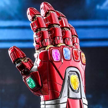 Hot Toys Nano Gauntlet Collectible