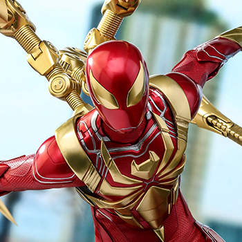 Hot Toys Spider-Man (Iron Spider Armor) Collectible