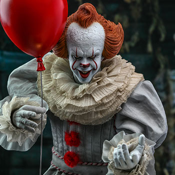 Hot Toys Pennywise Collectible