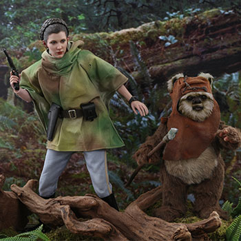 Hot Toys Princess Leia & Wicket Collectible