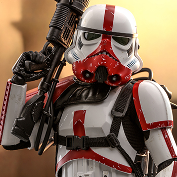 Hot Toys Incinerator Stormtrooper Collectible
