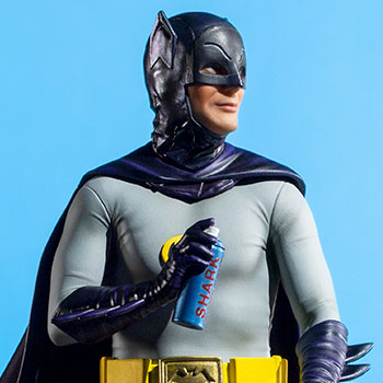 Batman Deluxe Collectible
