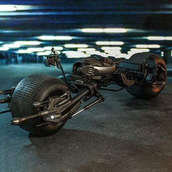Hot Toys Bat-Pod Collectible