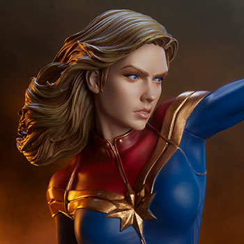 Captain Marvel Statue