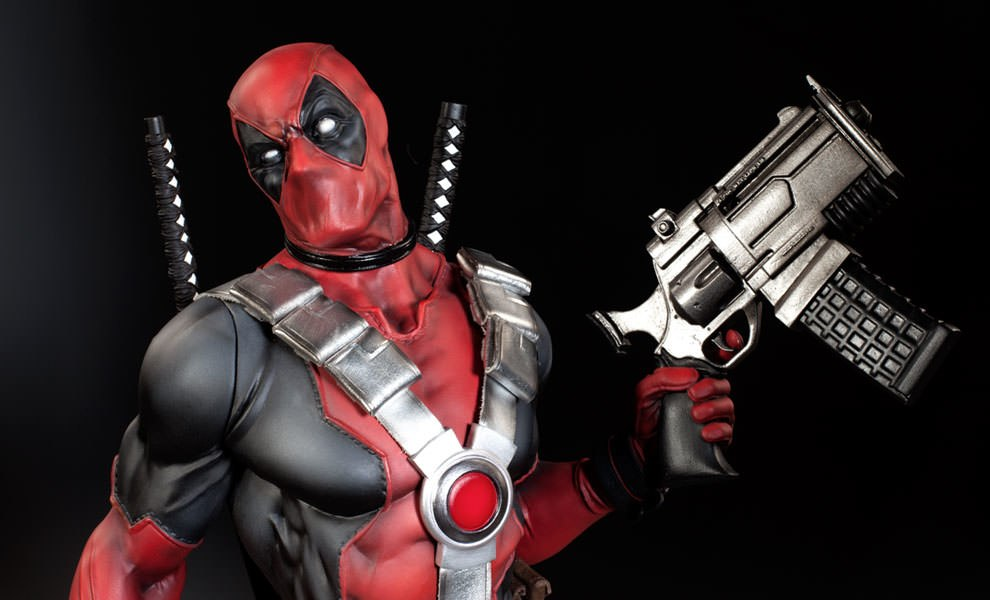 26c681b44ef Marvel Deadpool Premium Format Figure by Sideshow Collectibl ...