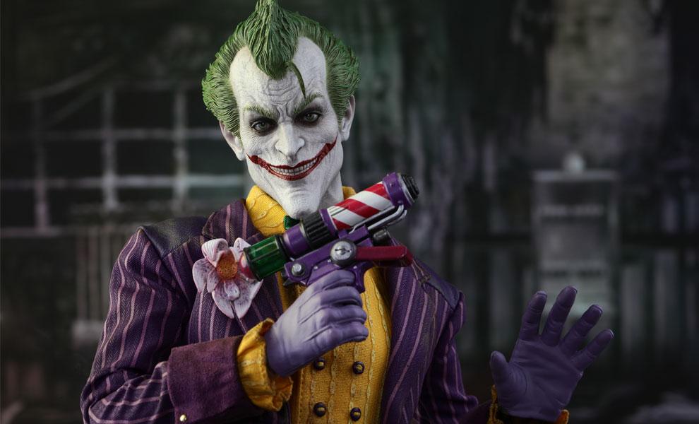 7e6a08cb8028 DC Comics The Joker Sixth Scale Figure by Hot Toys