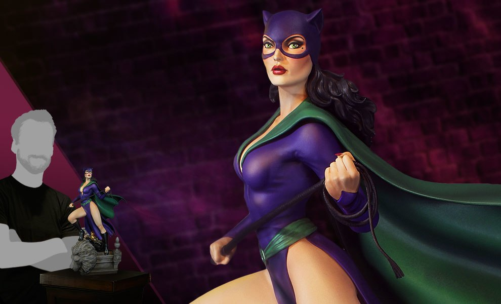 Super Powers Catwoman Maquette
