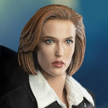 Agent Scully Sixth Scale Figure
