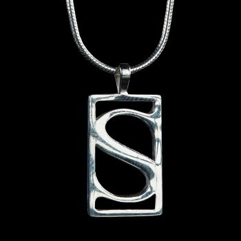 Sideshow S Pendant Female Version Jewelry