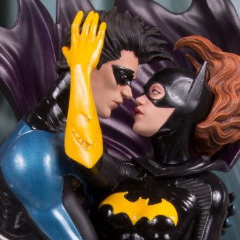 Nightwing and Batgirl Statue