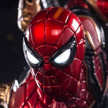 Iron Spider-Man Statue