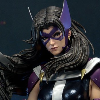 Huntress Sculpt Cape Edition Statue
