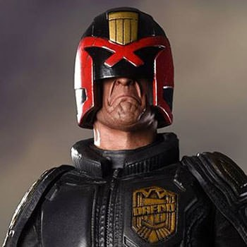 Judge Dredd Mega City Statue