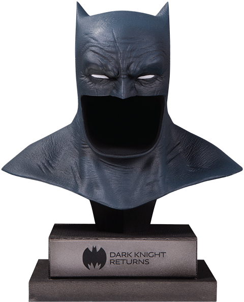 The Dark Knight Returns Batman CowlStatue