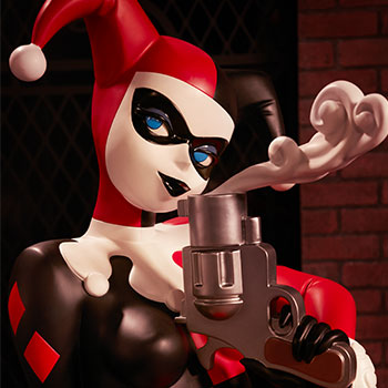 Harley Quinn Life-Size Figure