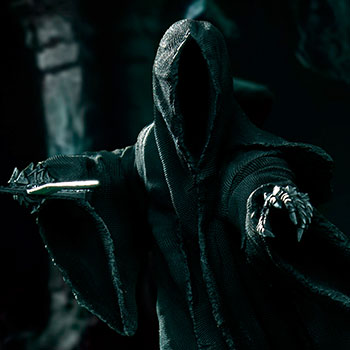 """Attacking"" Nazgul Statue"