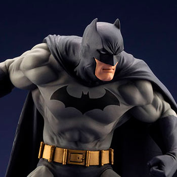 Batman Hush 1:10 Scale Statue