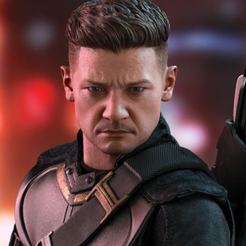 Hawkeye Sixth Scale Figure