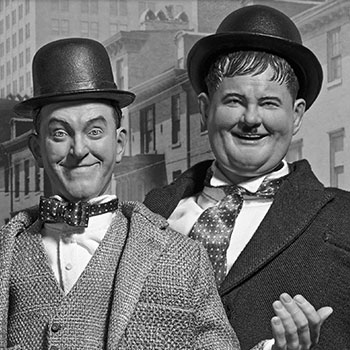 Stan Laurel and Oliver Hardy (Classic Suits) Box Set