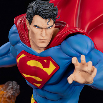 Superman: For Tomorrow Statue
